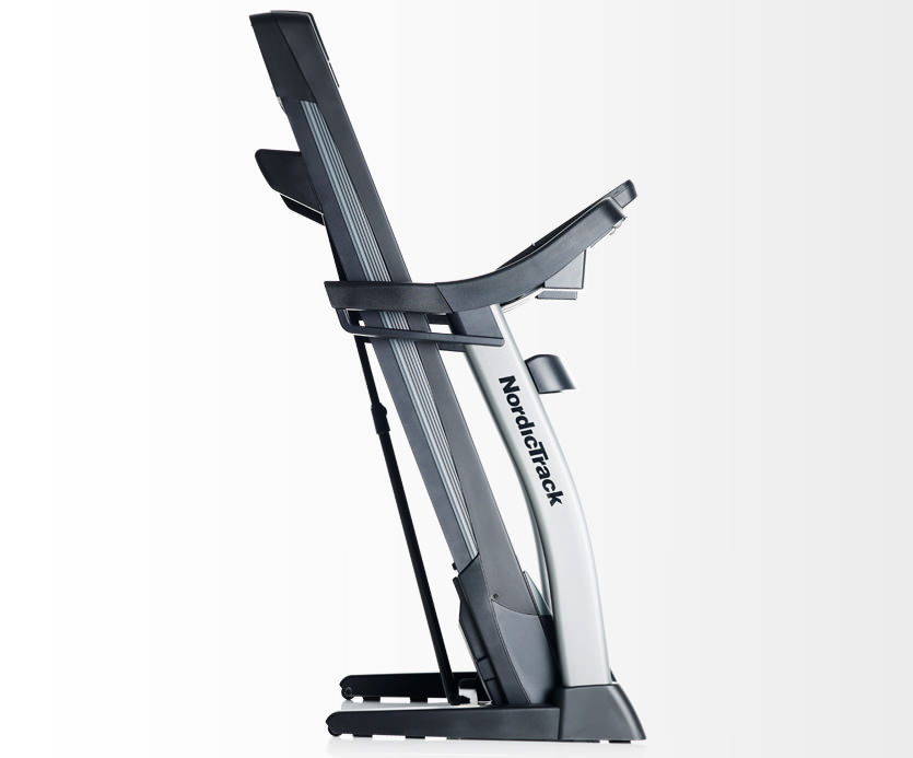 nordictrack-c1630-treadmill-folded