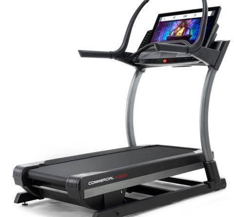 nordictrack X32i vs Peloton Treadmill